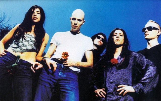 3 Libras (Live acoustic) A Perfect Circle