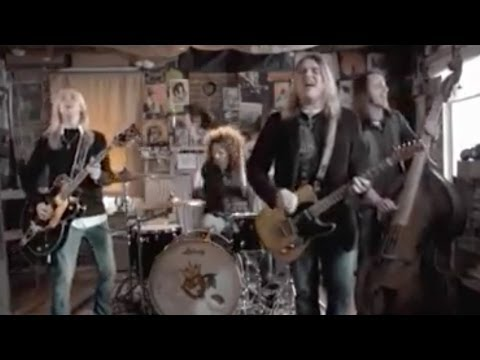 Black Stone Cherry - Things My Father Said [OFFICIAL VIDEO]